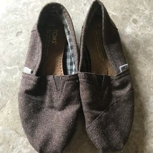 Brown toms. Size 5.5
